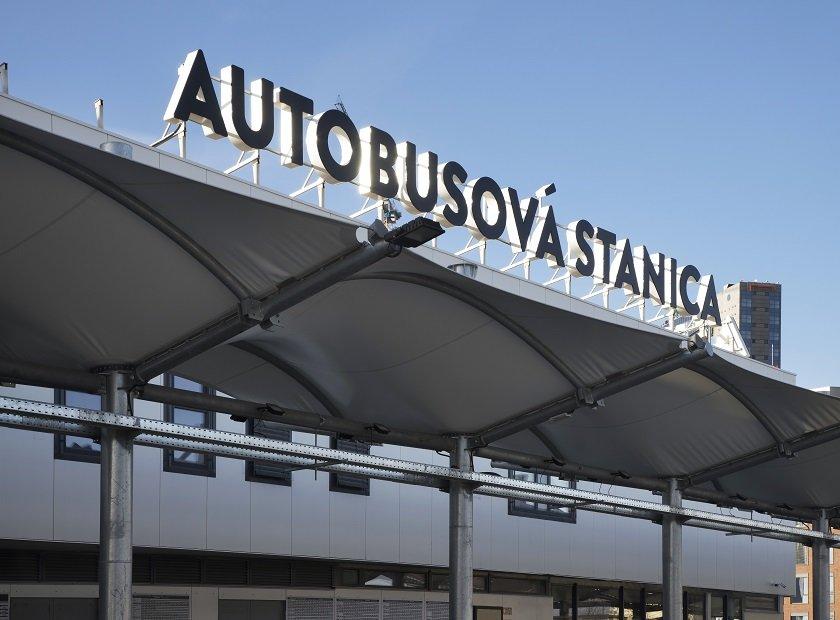Estación principal de autobuses de Bratislava - Mlynske Nivy