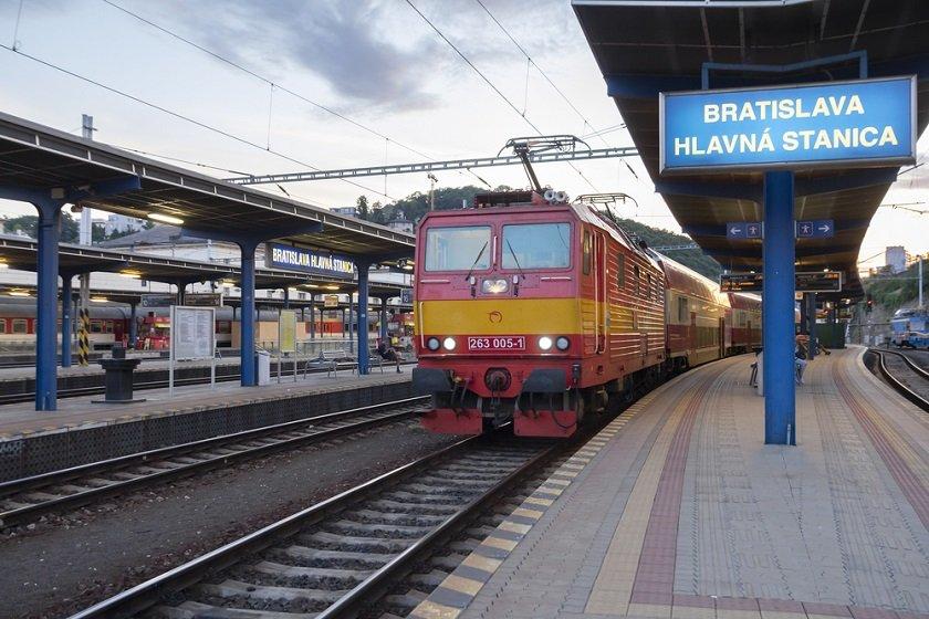 Estaciones de tren de Bratislava
