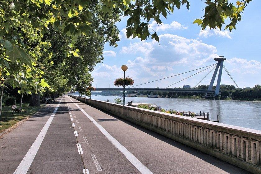 Trasy wycieczek rowerowych po Bratysławie